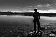 VILDMARKSVÄGEN JULI 2020<br /> Stora Blåsjöns klara vatten är helt magiskt. Kanske aningens kallt i vattnet under helgens tur efter Vildmarksvägen.<br /> Foto: Per Danielsson/Projekt.P