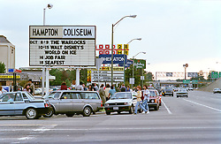 Warlocks Marquee for the Coliseum. The Grateful Dead Live at The Hampton Coliseum 8 October 1989
