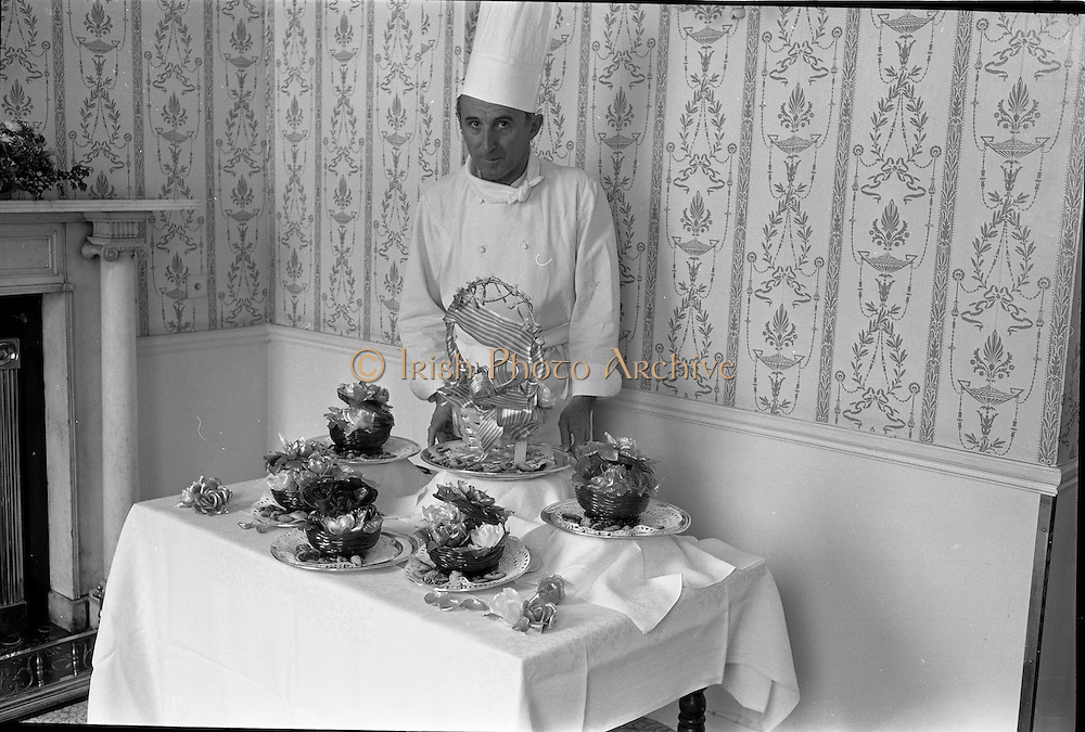 29/06/1967<br /> 06/29/1967<br /> 29 June 1967<br /> Mr. Pierre Rolland and Sugar Basket display at the Russel Hotel, Dublin. Images for the Royal Hibernian Hotel. Rolland was Michelin starred head chef of The Russell Hotel