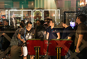 Singapore, street scene in Boat Quay, popular nightlife spot