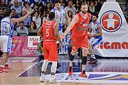 DESCRIZIONE : Beko Legabasket Serie A 2015- 2016 Playoff Quarti di Finale Gara3 Dinamo Banco di Sardegna Sassari - Grissin Bon Reggio Emilia<br /> GIOCATORE : Derek Needham Vladimir Veremeenko<br /> CATEGORIA : Fair Play Ritratto Esultanza<br /> SQUADRA : Grissin Bon Reggio Emilia<br /> EVENTO : Beko Legabasket Serie A 2015-2016 Playoff<br /> GARA : Quarti di Finale Gara3 Dinamo Banco di Sardegna Sassari - Grissin Bon Reggio Emilia<br /> DATA : 11/05/2016<br /> SPORT : Pallacanestro <br /> AUTORE : Agenzia Ciamillo-Castoria/L.Canu
