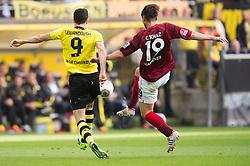 19.10.2013, Signal Iduna Park, Dortmund, GER, 1. FBL, Borussia Dortmund vs Hannover 96, 9. Runde, im Bild Zweikampf zwischen Robert Lewandowski (#9 Dortmund), Christian Schulz (#19 Hannover)  // during the German Bundesliga 9th round match between Borussia Dortmund and Hannover 96 Signal Iduna Park in Dortmund, Germany on 2013/10/19. EXPA Pictures © 2013, PhotoCredit: EXPA/ Eibner-Pressefoto/ Kurth<br /> <br /> *****ATTENTION - OUT of GER*****