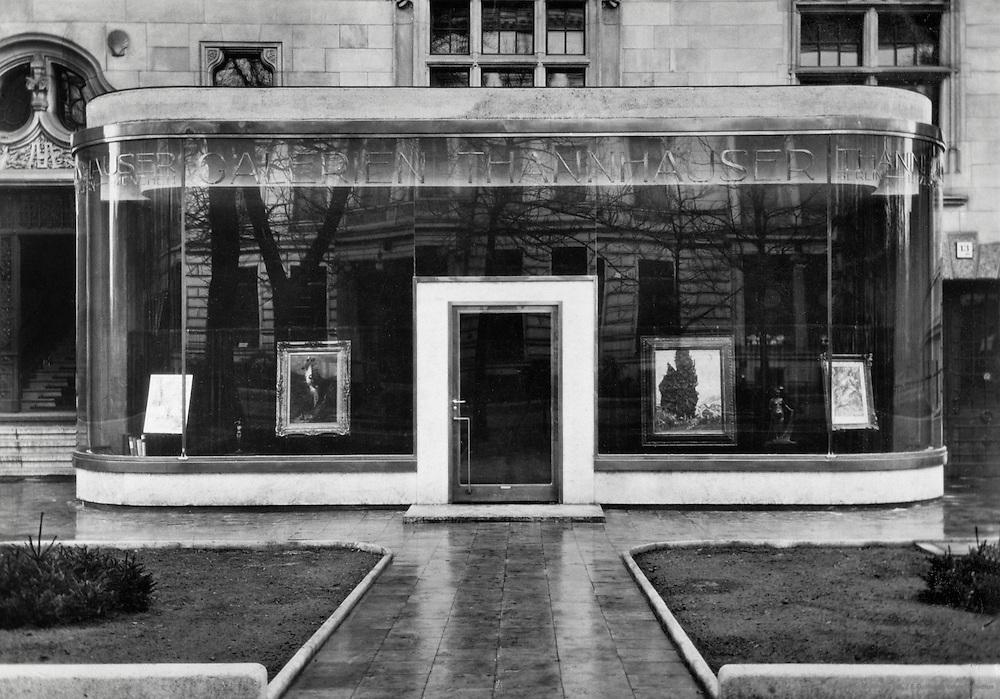 Thannhauser Galleries, Berlin, c. 1931