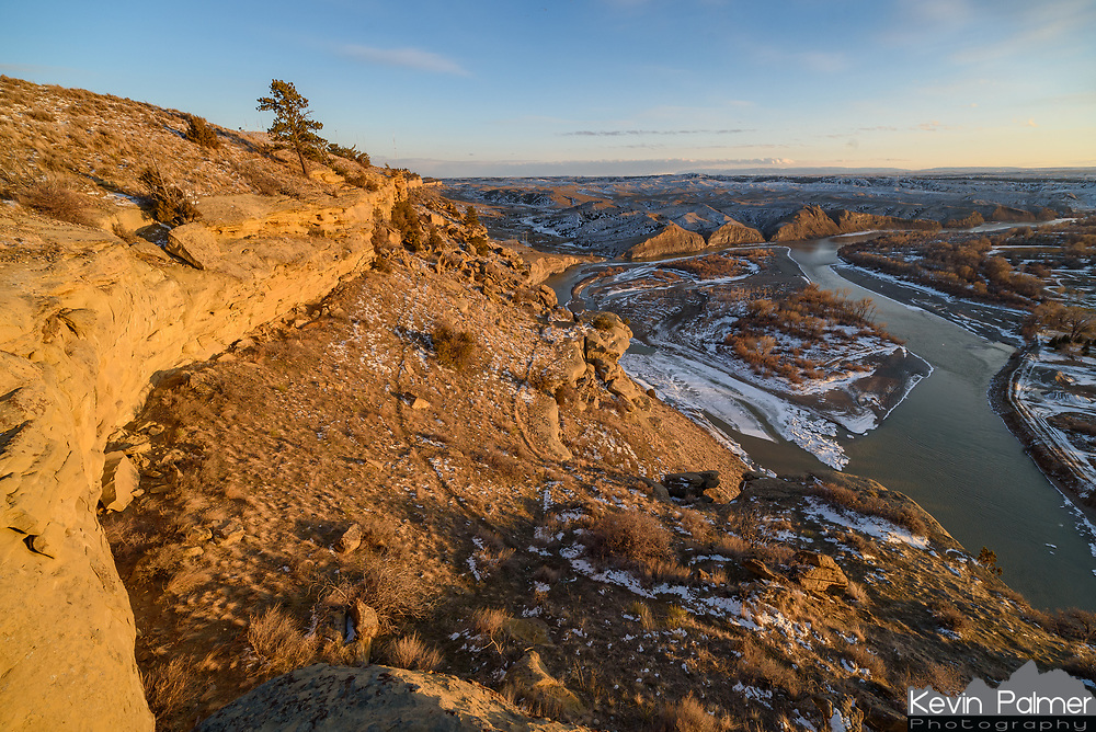 On my way back from Yellowstone, I stopped at Four Dances Recreation Area, to shoot the sunset. Here cliffs rise up to 500 feet above the Yellowstone River. The best view is looking south, away from Billings.