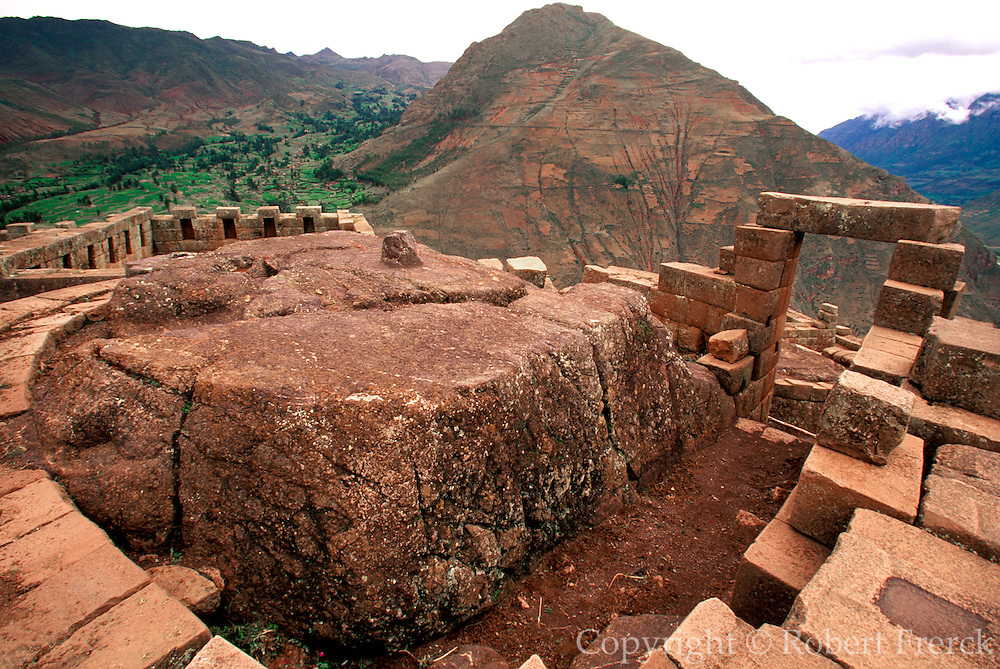 PERU, HIGHLANDS, CUZCO AREA Prehispanic, Inca ruins at Pisac; view of the main complex and the Intihuatana stone in the main temple
