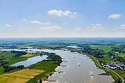 Nederland, Gelderland, gemeente Berg en Dal, 29-05-2019; Ooijpolder ten oosten van Nijmegen, met Bisonbaai (links). Rechts Bemmel. Waal,  onderdeel van natuurgebied de Gelderse Poort.<br /> Ooijpolder east of Nijmegen. Part of the Gelderse Poort nature reserve.<br /> luchtfoto (toeslag op standard tarieven);<br /> aerial photo (additional fee required); <br /> copyright foto/photo Siebe Swart