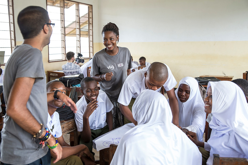 ICS volunteer Bharat Thakrar and Francisca Mlingwa in discussion about writing a CV and applying for work with students at Angaza school as part of the VSO / ICS Elimu Fursa project (Opportunities in Education) Lindi, Lindi region. Tanzania.