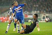 Gianluigi Buffon (Juventus) e Reto Ziegler (Sampdoria) <br /> Torino 28/10/2009 Stadio Olimpico<br /> Juventus Sampdoria - Campionato di Calcio Serie A Tim 2009-2010.<br /> Foto Giorgio Perottino / Insidefoto