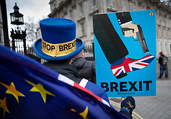 © Licensed to London News Pictures. 18/12/2018. London, UK. Anti-Brexit campaigner Steve Bray stands outside Downing Street as a cabinet meeting takes place. Photo credit: Peter Macdiarmid/LNP