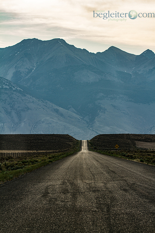 Dirt Road, Idaho, Galena Summit, Mountains, Graphic Landscape, Dusk, blue mountains, sunset, HW75, Sawtooth Mountains