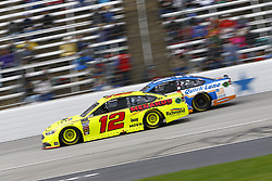 April 8, 2018 - Ft. Worth, Texas, United States of America - April 08, 2018 - Ft. Worth, Texas, USA: Ryan Blaney (12) and Paul Menard (21) battle for position during the O'Reilly Auto Parts 500 at Texas Motor Speedway in Ft. Worth, Texas. (Credit Image: © Chris Owens Asp Inc/ASP via ZUMA Wire)