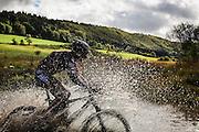 Reportage compétition cycliste la Forestière, communauté de communes d'Oyonnax, Ain, Jura, novembre 2011 // Report on the bicycle competition the Forestiere, Oyonnax, Ain, Jura, France. november 2011
