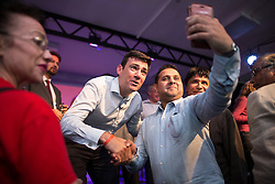 © Licensed to London News Pictures  . 05/09/2015 . Manchester , UK . ANDY BURNHAM poses for selfies after a rally for his campaign to be the next leader of the Labour Party , at Kings House Conference Centre in Manchester . Photo credit: Joel Goodman/LNP