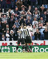 Photo: Andrew Unwin.<br />Newcastle United v Tottenham Hotspur. The Barclays Premiership. 01/04/2006.<br />Newcastle celebrate their early goal scored by Lee Bowyer (hidden).