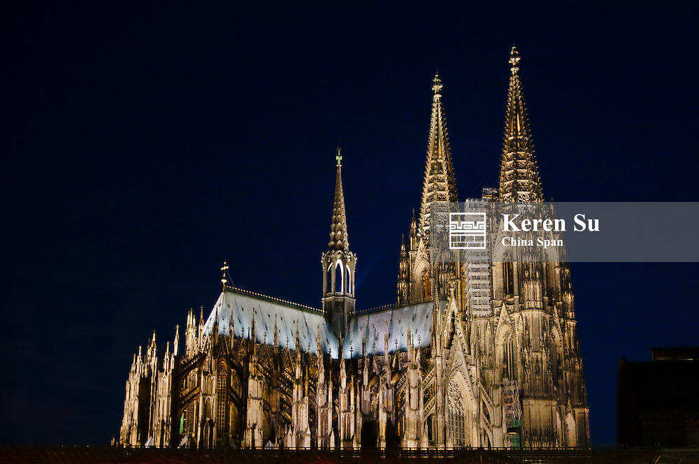 Night view of Cologne Cathedral, Germany