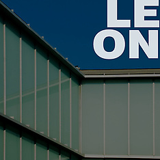 00 León