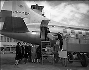 06/02/1953<br /> 02/06/1953<br /> 06 February 1953<br /> Irish Red Cross supplies for Holland following the great flood of 1953, being loaded  on KLM Convair 240-4 aircraft at Dublin Airport.