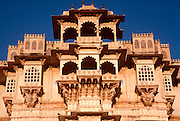 INDIA, RAJASTHAN Udaipur, the Maharana's City Palace, built in the 17th century by the  Rajputs