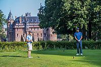HAARZUILENS  - Tee Hole 1 met Kasteel De Haar op de achtergrond.  , Golfclub De Haar , van 9 naar 18 holes. .  COPYRIGHT KOEN SUYK