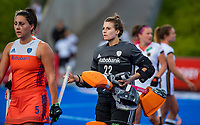MONCHENGLADBACH  - keeper Josine Koning (Ned)  met links Malou Pheninckx (Ned)  .  Pro League  Duitsland-Nederland (0-1) dames .   COPYRIGHT KOEN SUYK