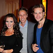 NLD/Amsterdam/20111201- Presentatie Tatjana Simic kalender, Tatjana en Maurice Kroon en ……….