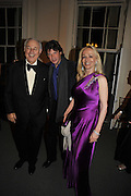 ALFRED TAUBMAN; LORD JOHNSON SOMERSET; MRS. TAUBMAN, Nicky Haslam party for Janet de Botton and to celebrate 25 years of his Design Company.  Parkstead House. Roehampton. London. 16 October 2008.  *** Local Caption *** -DO NOT ARCHIVE-© Copyright Photograph by Dafydd Jones. 248 Clapham Rd. London SW9 0PZ. Tel 0207 820 0771. www.dafjones.com.