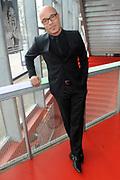 Perspresentatie van The Passion 2014 in de Vorstin, Hilversum. Jet muziekspektakel The Passion, dat 17 april op Witte Donderdag wordt opgevoerd op de Vismarkt in Groningen.<br /> <br /> Op de foto:   Stanley Burleson die de rol speelt van Petrus