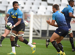 Cape Town-180619 Springbok players Sikhumbuzo Notshe and Handre Pollard during their training session at Cape Town stadium,the team is preparing for the last test  against England at Newslands on Saturday..Photographer:Phando Jikelo/African News Agency/ANA