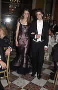 Genevieve Chapman and her escort, Olivier de la Ferriere. . Crillon Debutantes Ball 2002. Paris. 7 December 2002. © Copyright Photograph by Dafydd Jones 66 Stockwell Park Rd. London SW9 0DA Tel 020 7733 0108 www.dafjones.com