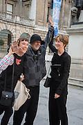 CORNELIA PARKER; RON ARAD;  FIONA RAE, Royal Academy Annual dinner, Piccadilly, London. 6 June 2016
