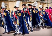 """Koning Willem Alexander wordt door Hare Majesteit Koningin Elizabeth II geïnstalleerd in de 'Most Noble Order of the Garter'. Tijdens een jaarlijkse ceremonie in St. Georgekapel, Windsor Castle, wordt hij geïnstalleerd als 'Supernumerary Knight of the Garter'.<br /> <br /> King Willem Alexander is installed by Her Majesty Queen Elizabeth II in the """"Most Noble Order of the Garter"""". During an annual ceremony in St. George's Chapel, Windsor Castle, he is installed as """"Supernumerary Knight of the Garter"""".<br /> <br /> Op de foto / On the photo:  Koning Willem Alexander en Koning Felipe VI van Spanje / King Willem Alexander and King Felipe VI of Spain"""
