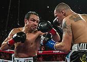 Boxing: Mike Alvarado vs Juan Manuel Márquez