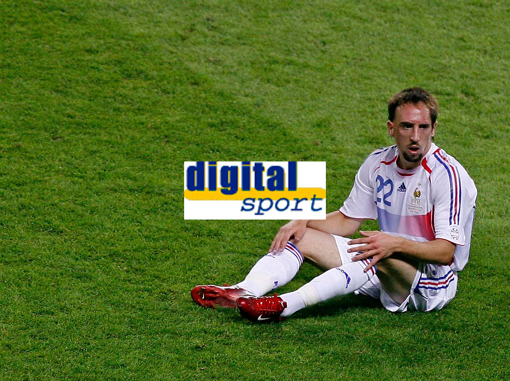 Photo: Glyn Thomas.<br />Italy v France. FIFA World Cup 2006 Final. 09/07/2006.<br /> France's Frank Ribery is dejected.