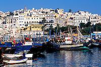 Maroc, Tanger, le port de peche et la medina // Morocco, Tangier (Tanger), fishing harbour and old city (Medina)