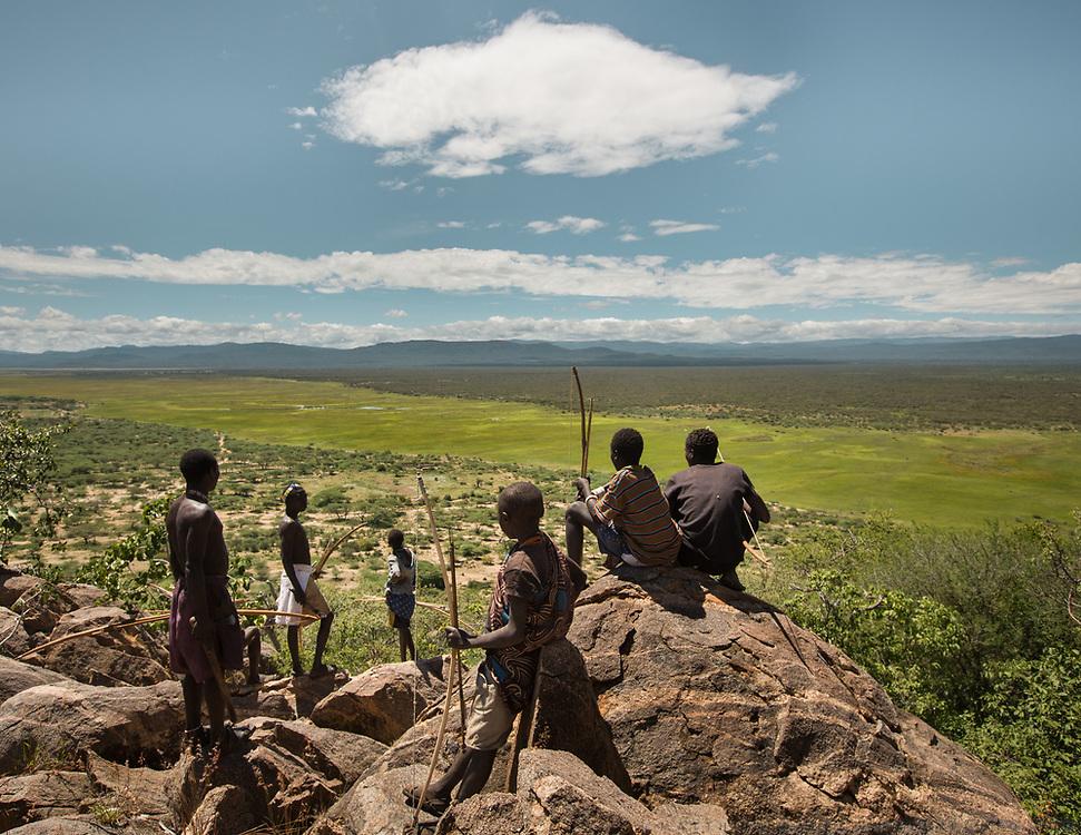 Men hunting from a ridge above the Yaeda valley. Near the Hadza camp of Dedauko.