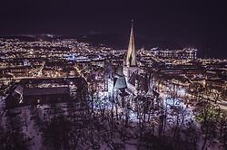 THEMENBILD - der Nidarosdom mit den Stadtlichtern, aufgenommen am 13. Maerz 2019 in Trondheim, Norwegen // the Nidaros Cathedral with the city lights, Trondheim, Norway on 2018/03/13. EXPA Pictures © 2019, PhotoCredit: EXPA/ JFK