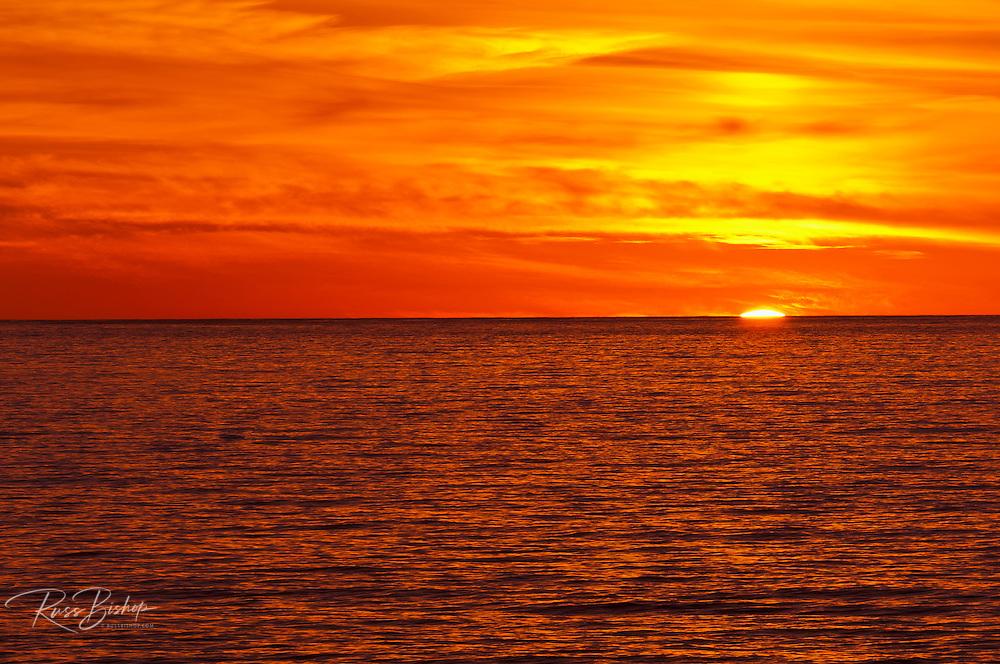 Sun setting over the Pacific Ocean, Julia Pfeiffer Burns State Park, Big Sur, California