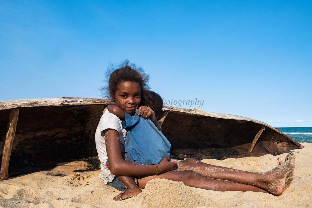Local person<br /> Palmarium<br /> Eastern Madagascar<br /> MADAGASCAR<br /> grain farmer