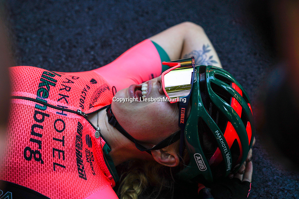 finish Lorena Wiebes, Nederlands kampioen op de weg, Parkhotel Valkenburg cycling team