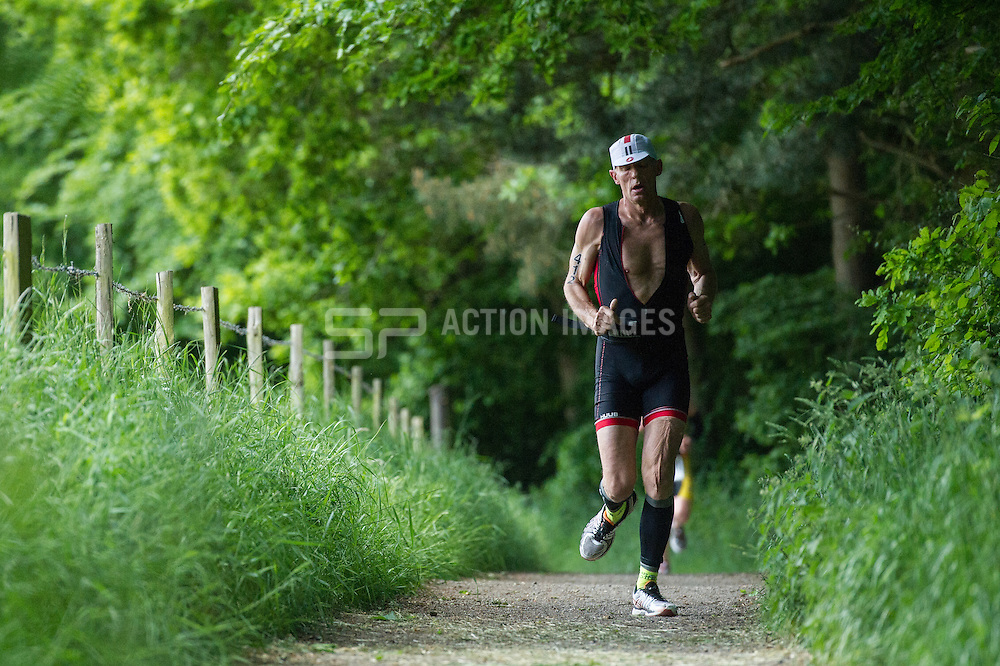 Hanningfield Triathlon, Hanningfield Reservoir , Essex, UK on 30 May 2015. Photo: Simon Parker
