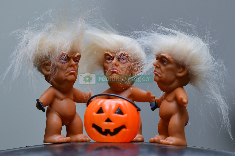 October 24, 2017 - Dublin, Ireland - Three vinyl dolls which feature President Donald Trump, made by a former sculptor for Disney, Chuck Williams, can be seen and bought at Balla Ban Art Gallery in Dublin city center, ahead of Halloween. (Credit Image: © Artur Widak/NurPhoto via ZUMA Press)