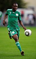Fotball<br /> Nigeria v Saudi Arabia<br /> Wattens Østerrike<br /> 25.05.2010<br /> Foto: Gepa/Digitalsport<br /> NORWAY ONLY<br /> <br /> FIFA Weltmeisterschaft 2010 in Suedafrika, Vorberichte, Vorbereitung, Vorbereitungsspiel, Freundschaftsspiel, Laenderspiel, Nigeria vs Saudi-Arabien. <br /> <br /> Bild zeigt Chinedu Obasi (NGR).