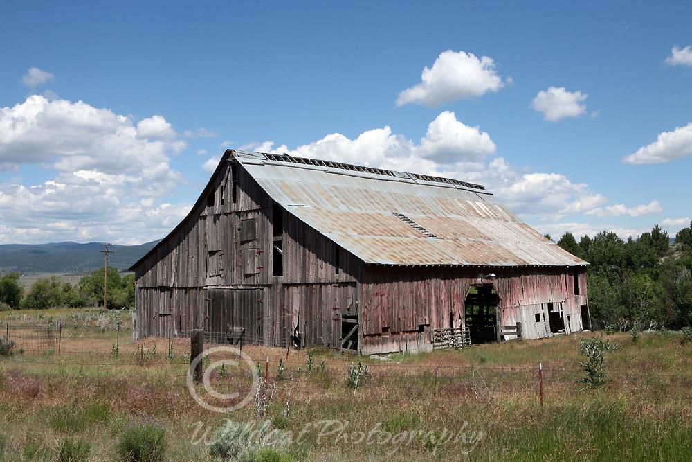 Barn of many doors