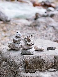 THEMENBILD - Steinmännchen am Bachufer auf Felsen, aufgenommen am 27. Mai 2018, Maria Alm, Österreich // Cairn at the brook shore on rocks on 2018/05/27, Maria Alm, Austria. EXPA Pictures © 2018, PhotoCredit: EXPA/ Stefanie Oberhauser