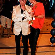 NLD/Noordwijk/20100502 - Gerard Joling 50ste verjaardag, Jan des Bouvrie en partner Monique