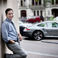 Nederland, Amsterdam , 20 mei 2014.<br /> Glenn Greenwald, ex-The Guardian, onthulde hoe de NSA wereldwijd inlichtingen tapt. De Amerikaan had één bron: Edward Snowden. Vorige week verscheen Greenwalds boek.<br /> Glenn Greenwald, ex-The Guardian revealed how the NSA intercepted information worldwide. The American had only one source: Edward Snowden. Last week Greenwald's book was published.