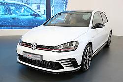 05.04.2016, Zagreb, CRO, Zagreb Auto Show, im Bild Volkswagen Tiguan R Line // Press day at Zagreb fair before official opening of Zagreb Auto Show at Zagreb, Croatia on 2016/04/05. EXPA Pictures © 2016, PhotoCredit: EXPA/ Pixsell/ Dalibor Urukalovic<br /> <br /> *****ATTENTION - for AUT, SLO, SUI, SWE, ITA, FRA only*****