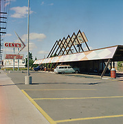 Y-600624-9. Gene's Drive-In, 1030 NE 82nd., between Hassalo & Holladay, now Taco Time.  June 24, 1960