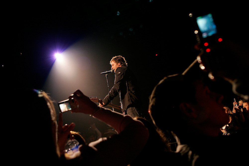 """Dierks Bentley performs Saturday, April 12, 2008, while on a stop for the """"Throttle Wide Open"""" spring tour with Bucky Covington and Luke Bryan at the MetroCentre in Rockford, Ill. Photo by Scott Morgan"""