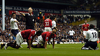 Fotball<br /> Premier League England 2004/2005<br /> Foto: BPI/Digitalsport<br /> NORWAY ONLY<br /> <br /> 25.09.2004<br /> <br /> Tottenham v Manchester United<br /> <br /> Robbie Keane appeals for a penalty after Rio Ferdinand and Wes Brown thwarted Jermaine Defoe